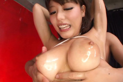 Mao hamasaki. Mao Hamasaki Asian with great tits and yellow spandex gets oil